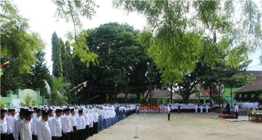 MIN DEMANGAN IKUTI UPACARA PERINGATAN HAB KEMENAG KE-71 TAHUN 2017