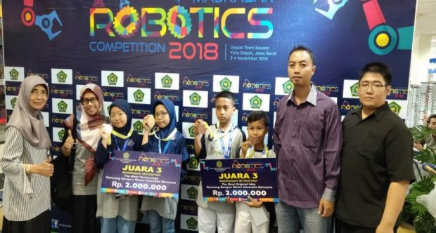 TIM ROBOTIK MIN 1 KOTA MADIUN SABET JUARA 3 THE BEST ORIGINAL IDEA