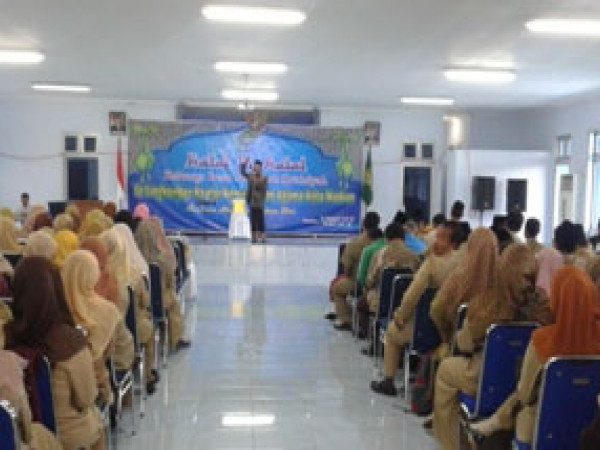 Halal Bi Halal Keluarga Besar MIN Demangan Madiun dilingkungan MI Se-Kota Madiun