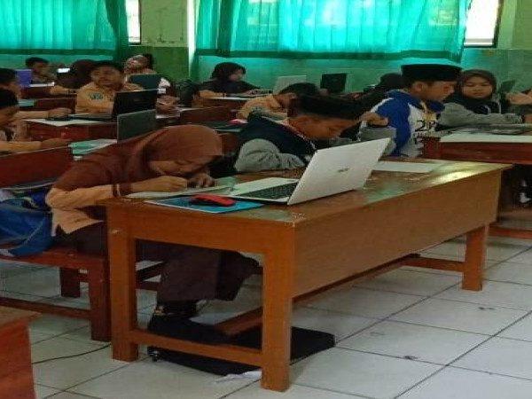 Tryout Uji coba Computer Based Test UN MIN 1 Kota Madiun Tahun 2019 Berjalan Lancar