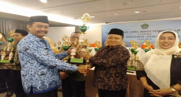 Juara 1 Lomba Inovasi Pengelolaan Madrasah MIN 1 Kota Madiun Berhasil Sandang Gelar Madrasah Literat