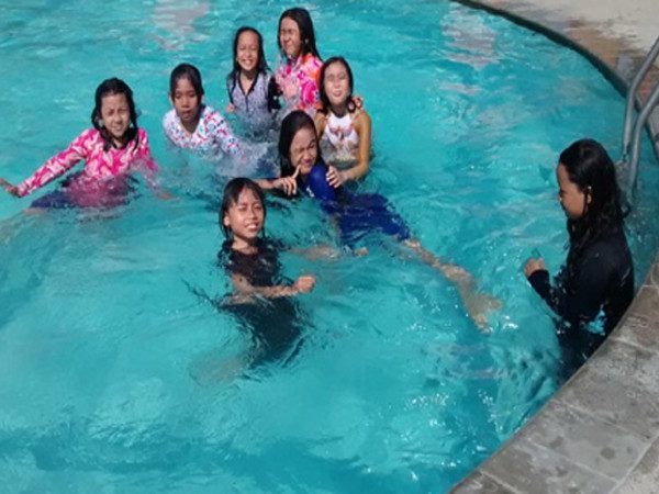 Olah Raga Pagi di Suncity Water and Theme Park