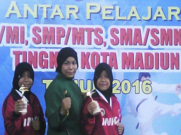 MIN Demangan Raih 5 Medali di Kejuaraan Karate antar Pelajar