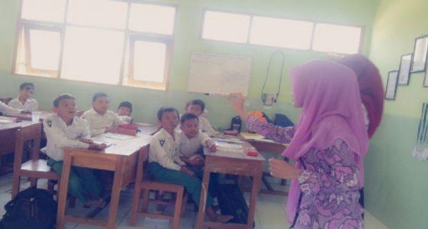 Praktik Pengalaman Lapangan (PPL) Mahasiswa IKIP PGRI Madiun