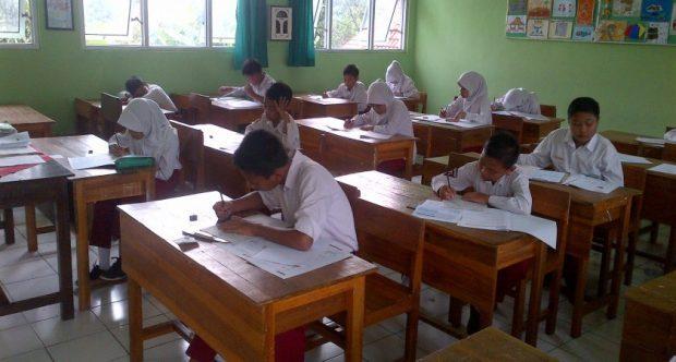 Antusiasme Siswa Kelas VI dalam Pelaksanaan Try Out Kota