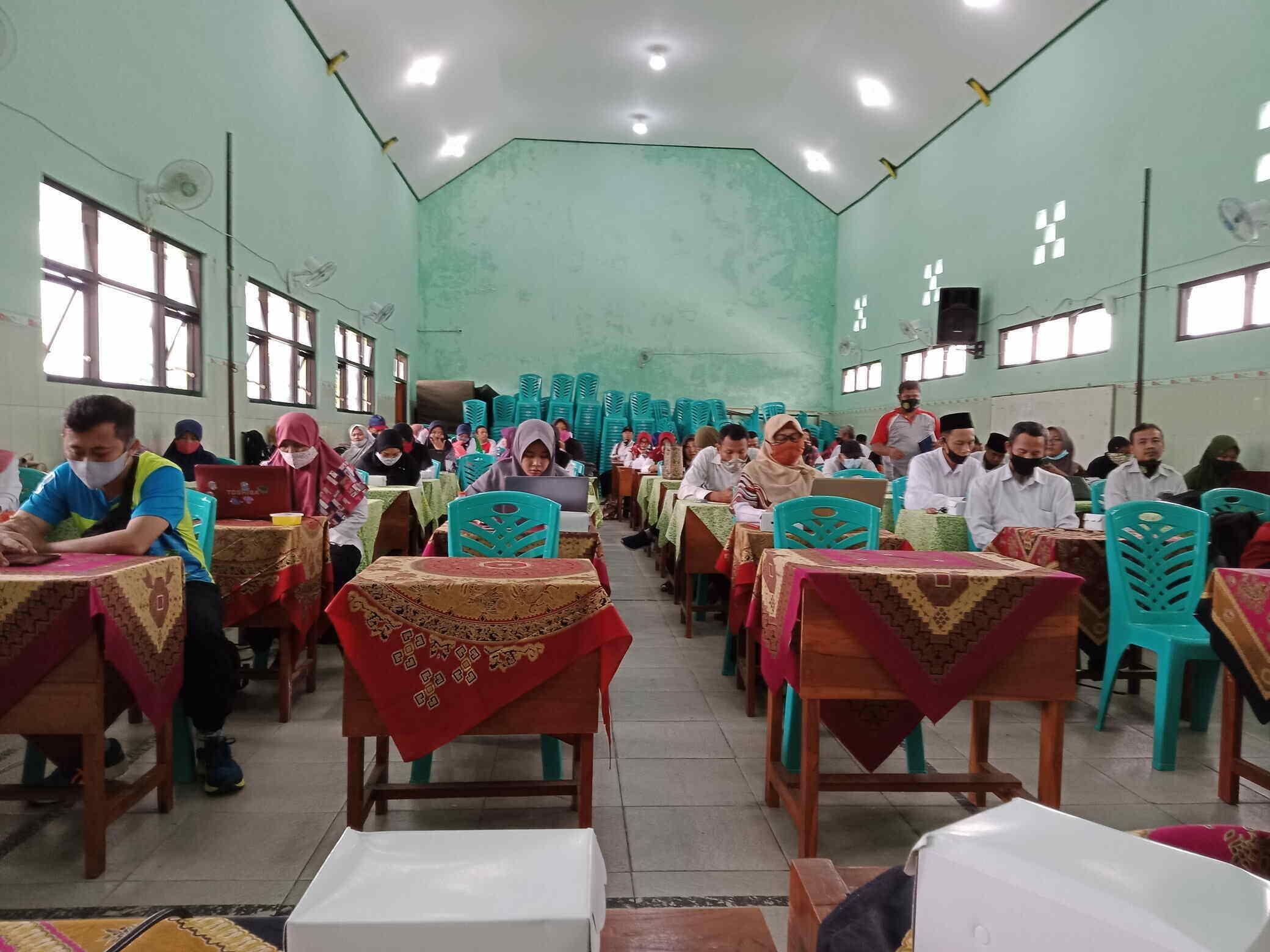 Menuju Sekolah Adiwiyata Mandiri, MIN 1 Kota Madiun Melakukan Pembinaan ke Sekolah Binaannya di Kota Madiun